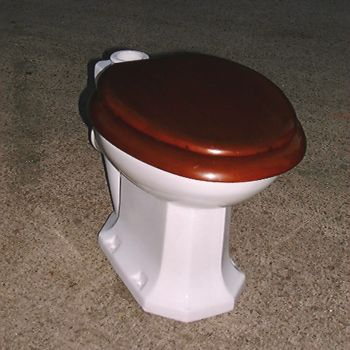 Carlford syphonic loo by Shanks & Co. of Barrhead, Scotland. 1930's. Removed from the Gents in Harrod's department store, Knightsbridge, London.